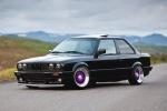 BMW 3 (E30) Wheel chock with holder
